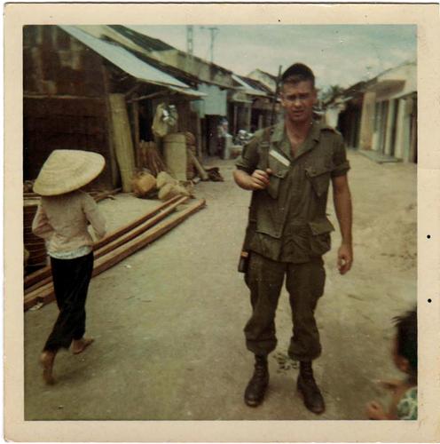1-Jackie Oakes in Vietnam