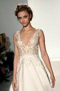 Kelly Faetanini Bridal SS18 297