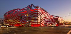 00C Petersen Automotive Museum Exterior DLZ 5177