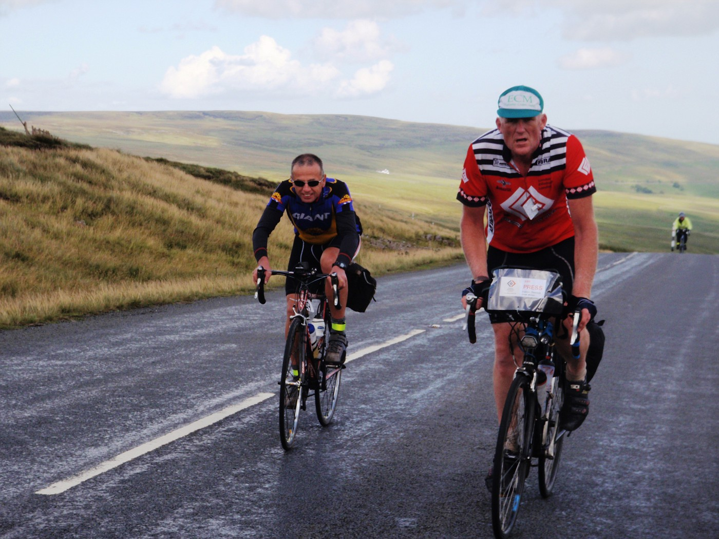 The British cyclesports reporter Damon