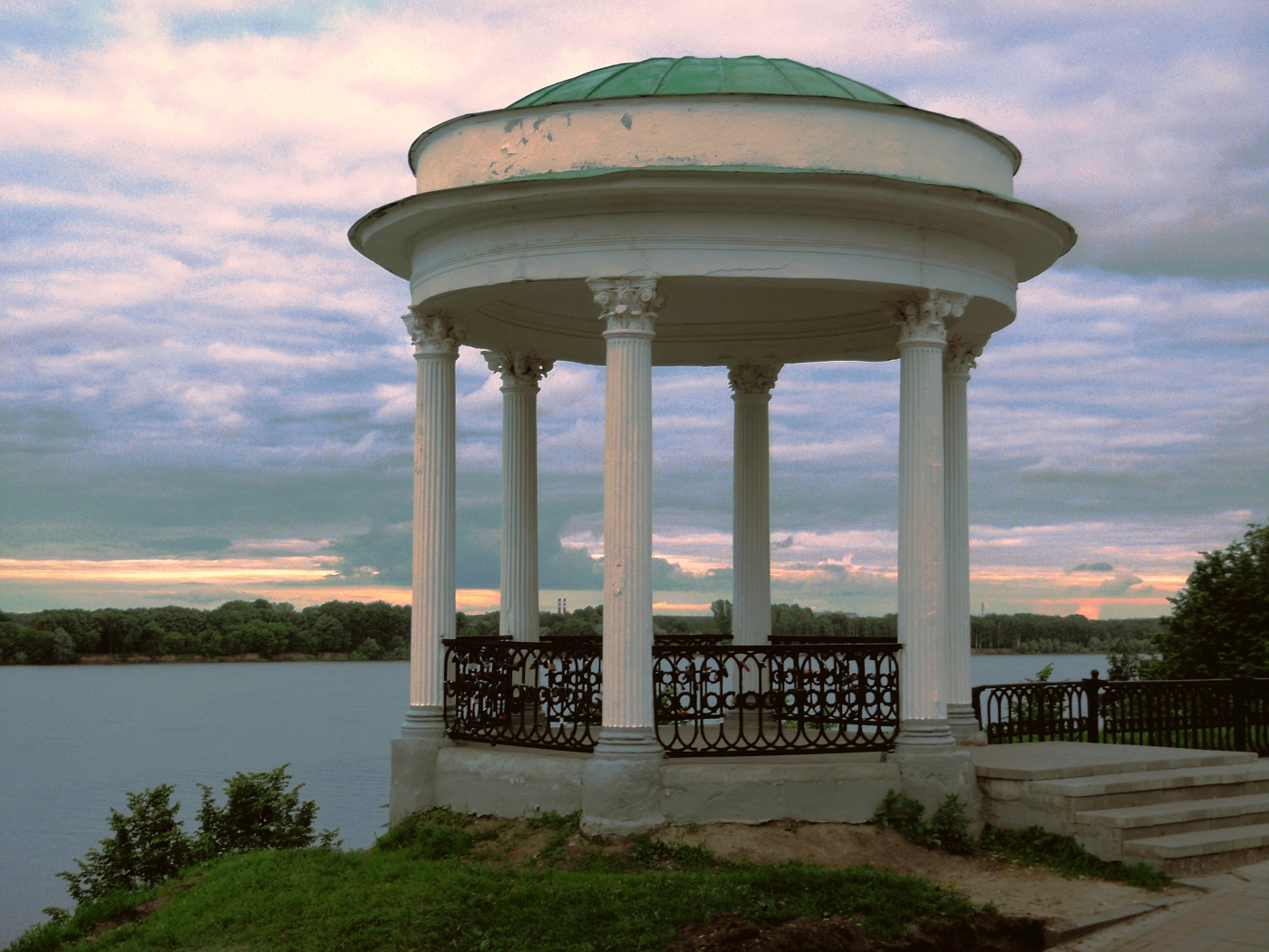 Pavilion on the Volga