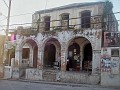 Ancienne batiste sur l'avenue Baranquilla, plein coeur de Jacmel
