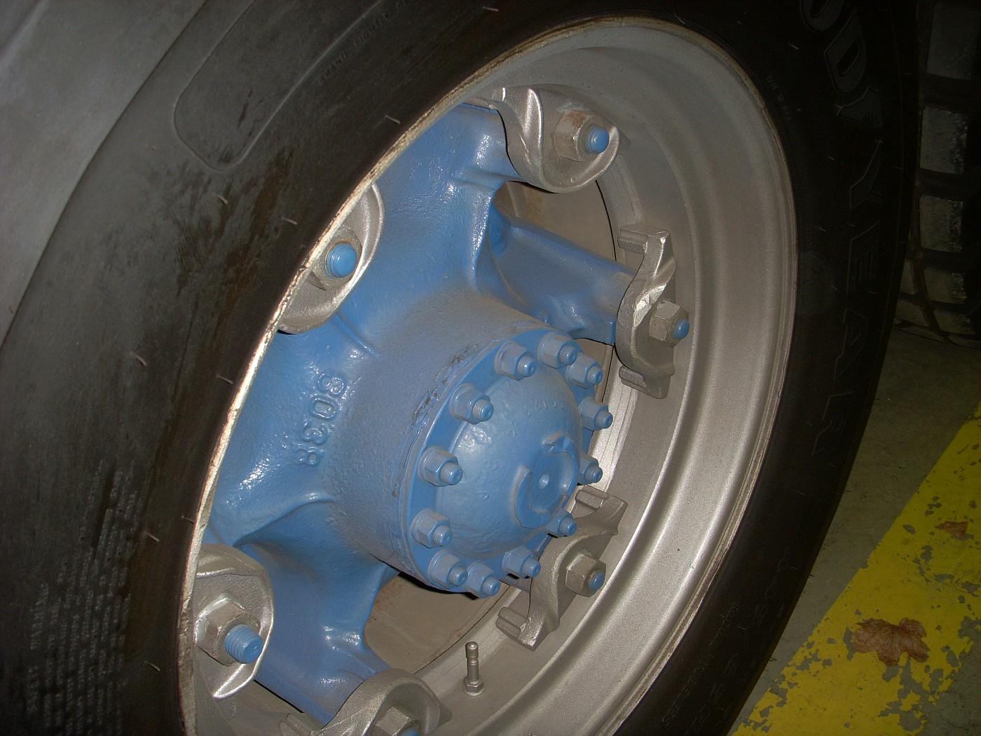 Kramers TS Autocar wrecker Rear Wheel (5)