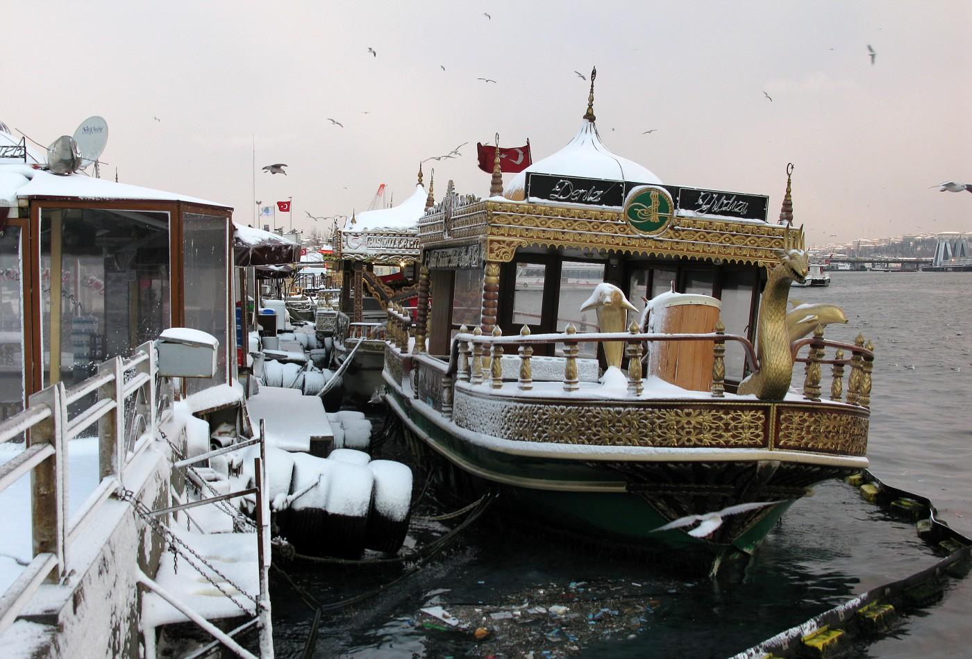 Balik Ekmek boat