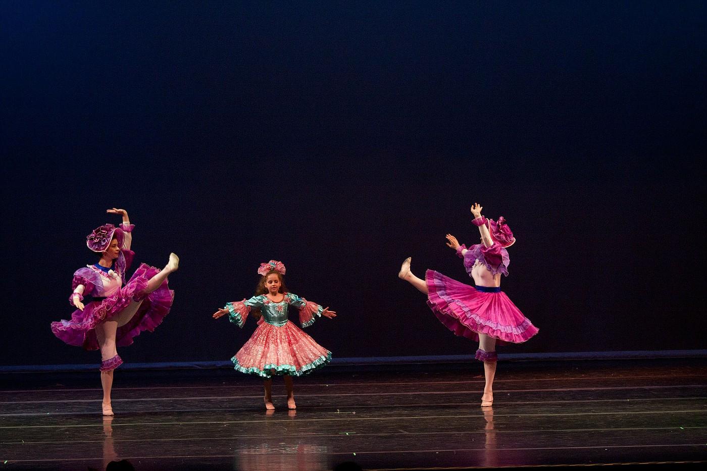 portrait-photography-children-ballet-20100617_0032.jpg