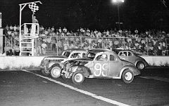 22 Bobby Foster, 99 Bud Nelson & 32 TJ Wilkins @ Mobile 1967
