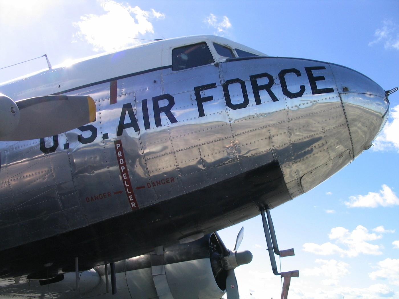 C-47 Sept 5, 2003  0044
