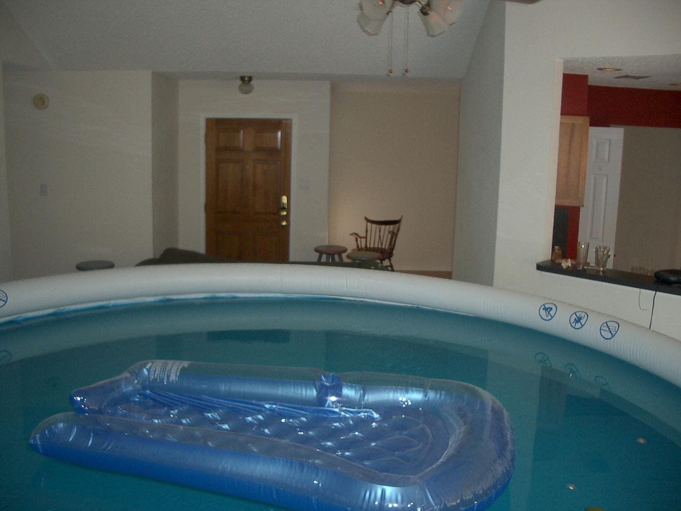 pool 064