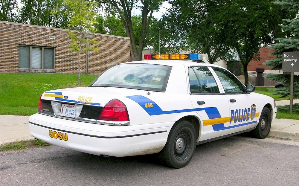 100 Ans De Dodge Les Modeles Memorables additionally Heather Elvis Case Arrests Made furthermore Jamescity also Unsolved Homicide Cold Cases as well 28207 Dodge Intrepid 1993 Taxi. on dodge intrepid police