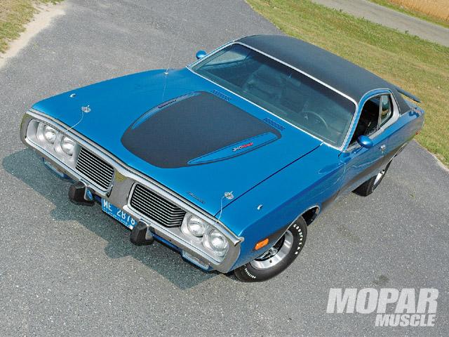 1973 déjà 40 ans! Dodge_charger_rallyefront_hood-vi