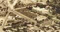 Vue aérienne du Palais National, des Casernes et de la Place des Héros de l'Indépendance.