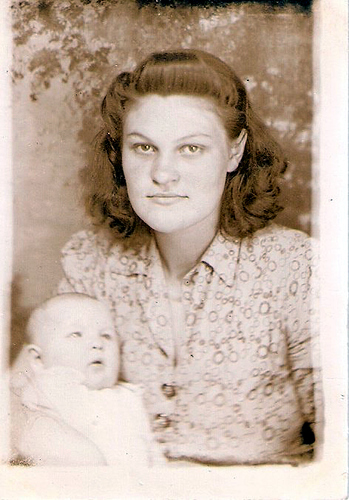 19-Mamaw Aree and Aunt Pat