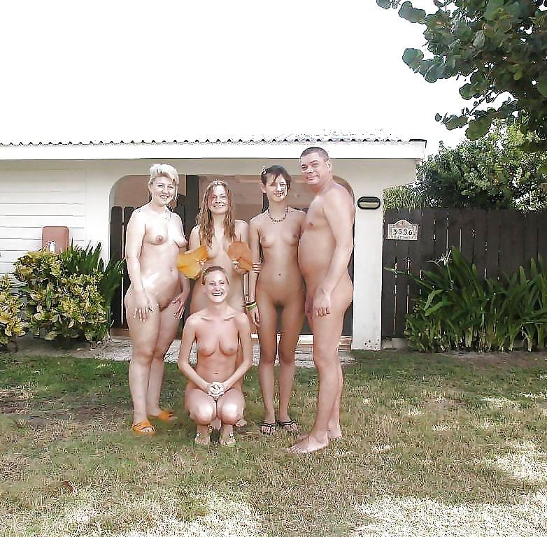 Ню фото семья