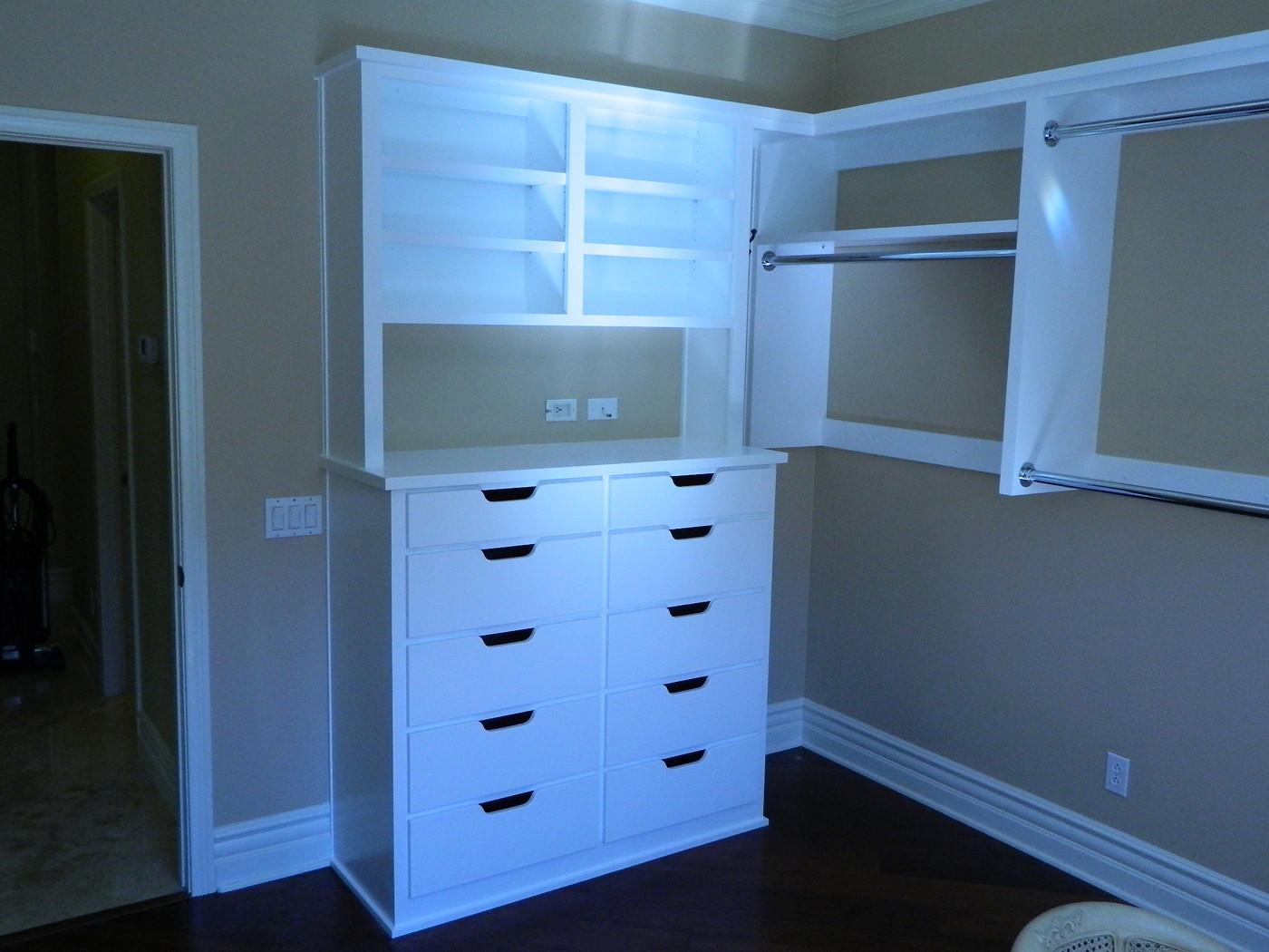 Cabinets007-vi.jpg