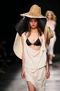 Andreas-Kronthaler-for-Vivienne-Westwood PAR SS17 020