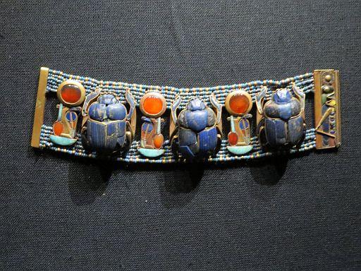 Bracelet w Three Scarabs in Lapis