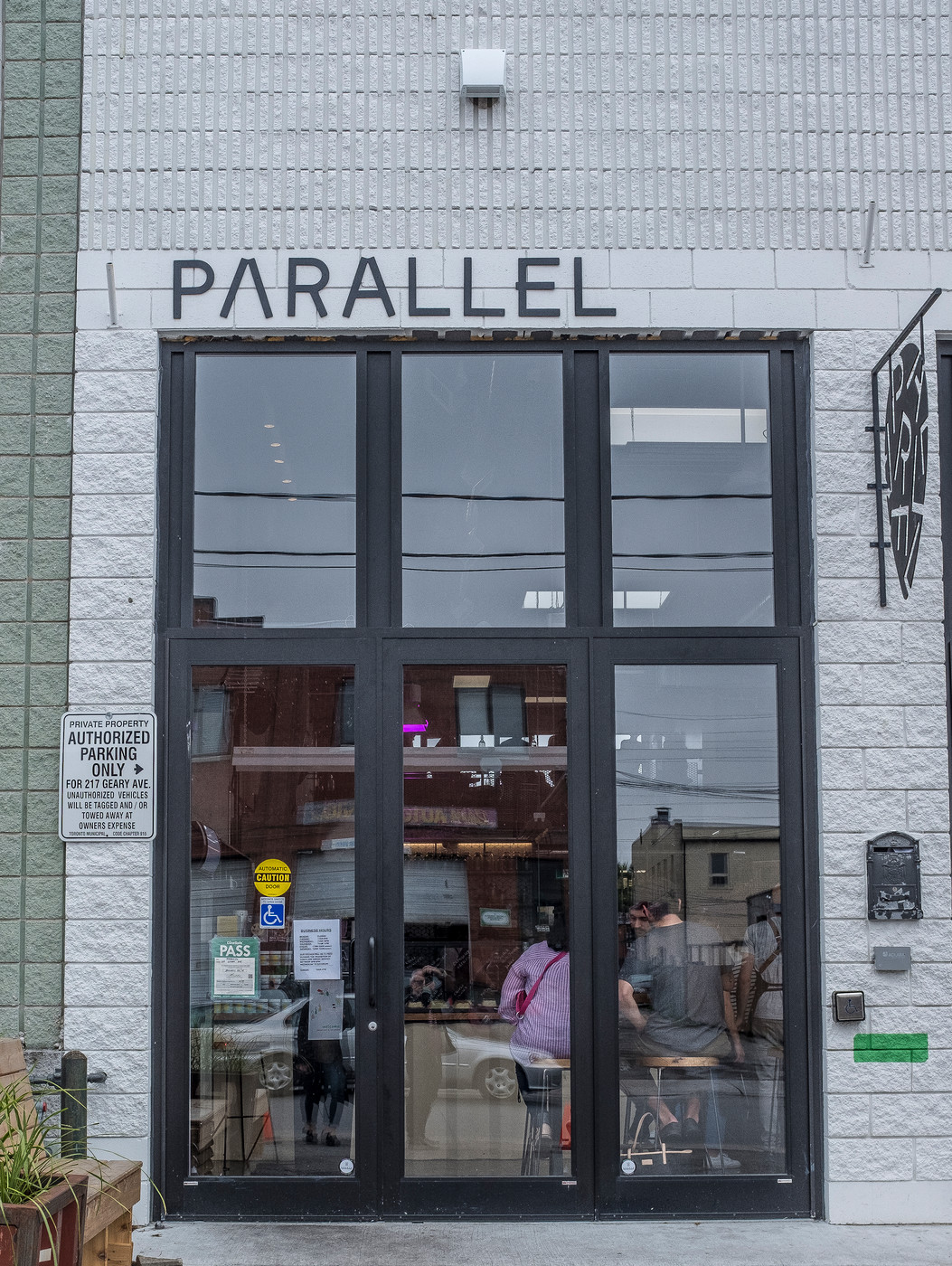 Parallel Storefront