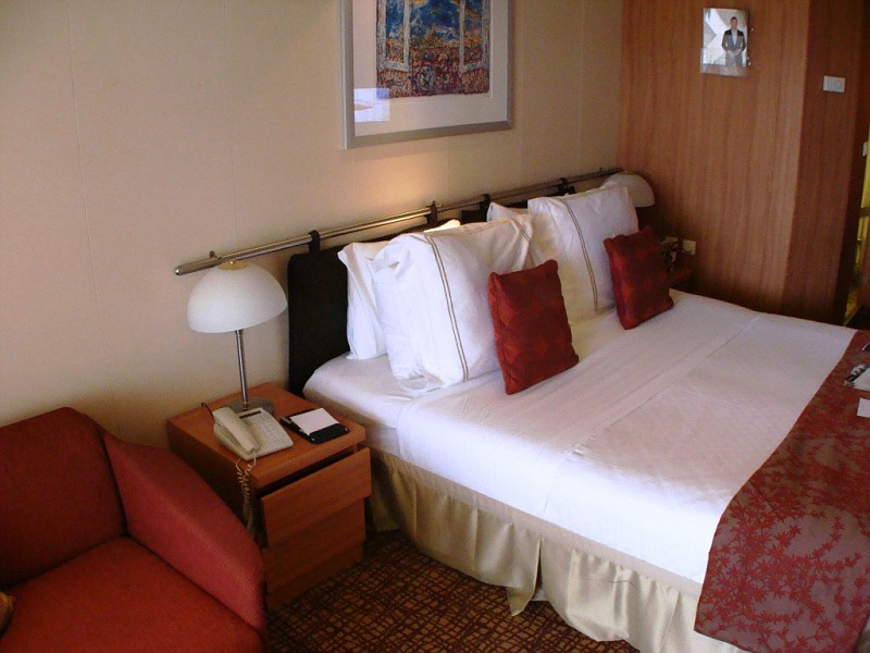 Celebrity Summit Cabins and Staterooms - Cruiseline.com