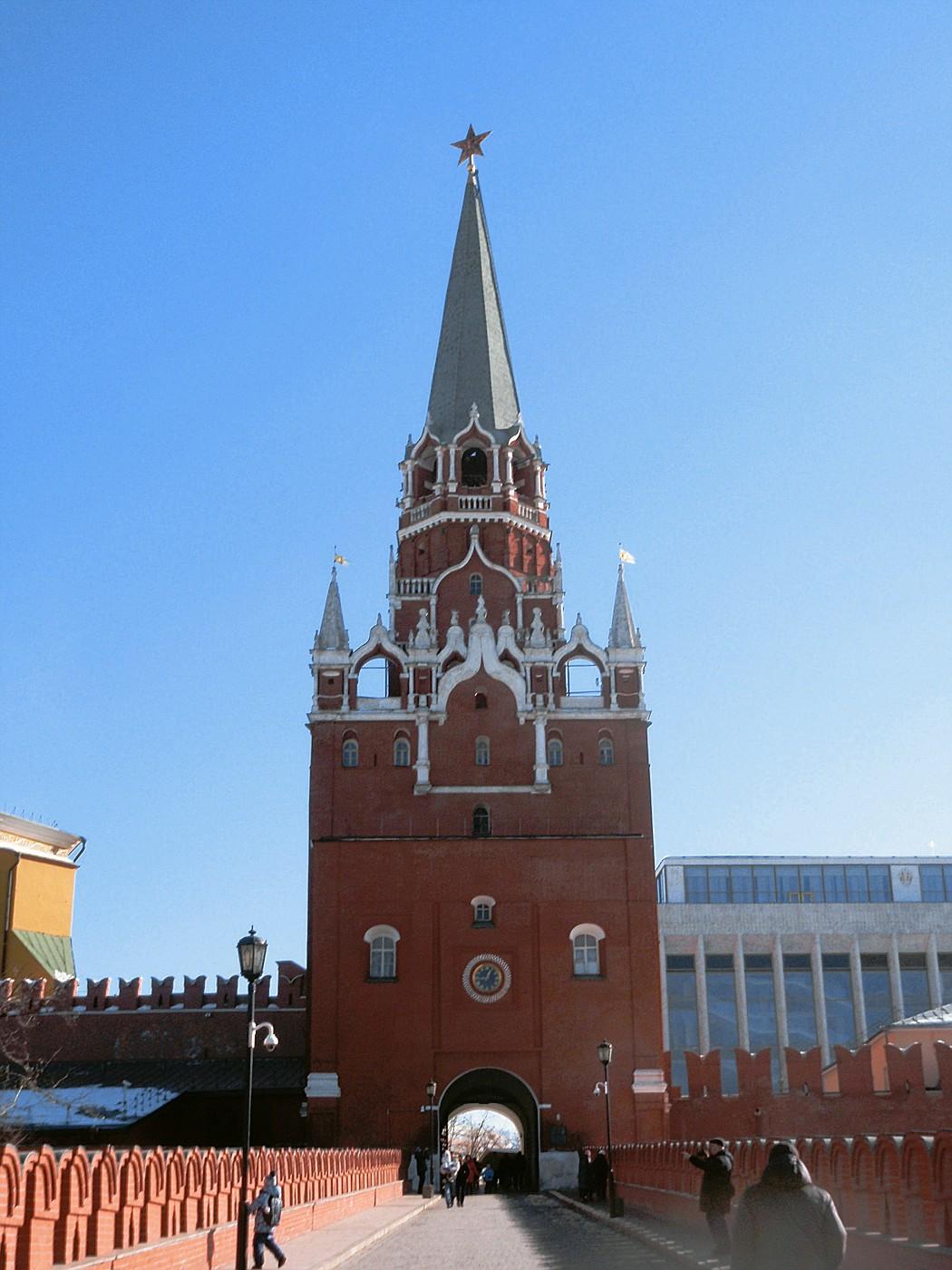 Troitskaya Tower