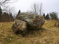 Steinchen auf Velmertot