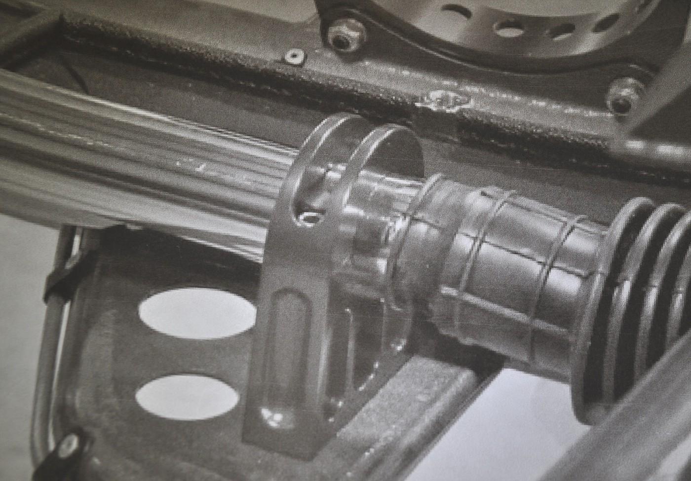 Henry J Twin Turbo Steering Rack Brackets 063
