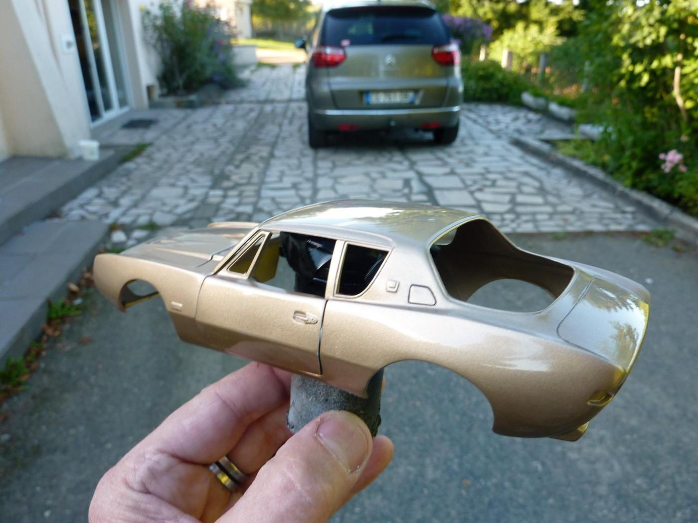 Studebaker Avanti 63 terminée Photo1-vi
