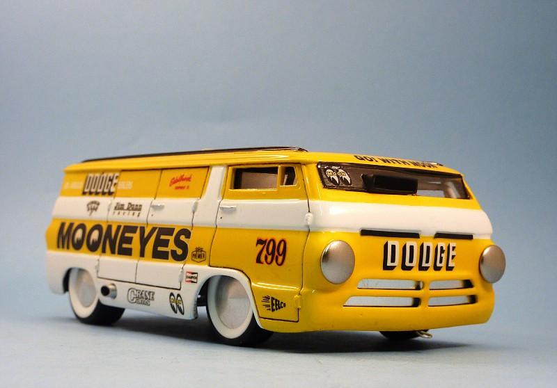 Van Moon  Dodge choppé racer Bonneville  014-vi