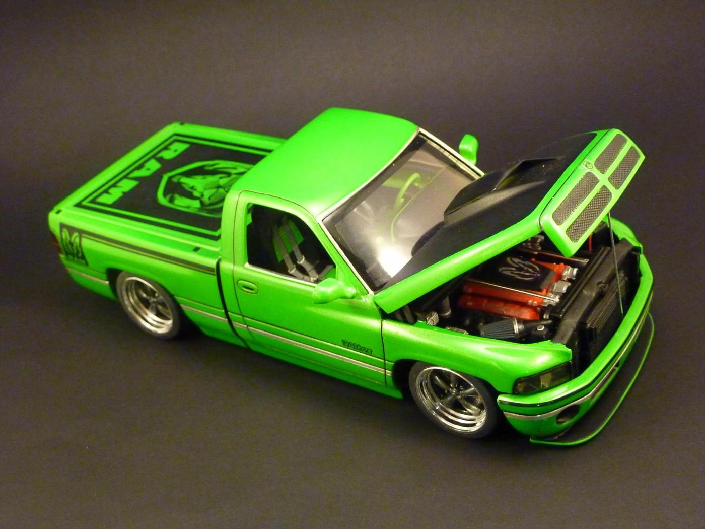 Dodge A 100 pickup avec remorque terminé Photo10-vi