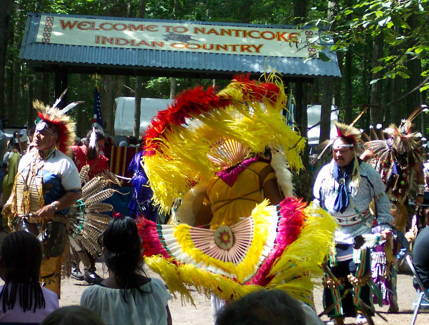 9 07 03 intertribal dance -10
