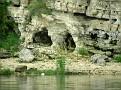 Где-то в этом районе - знаменитая пещера Степана Разина,