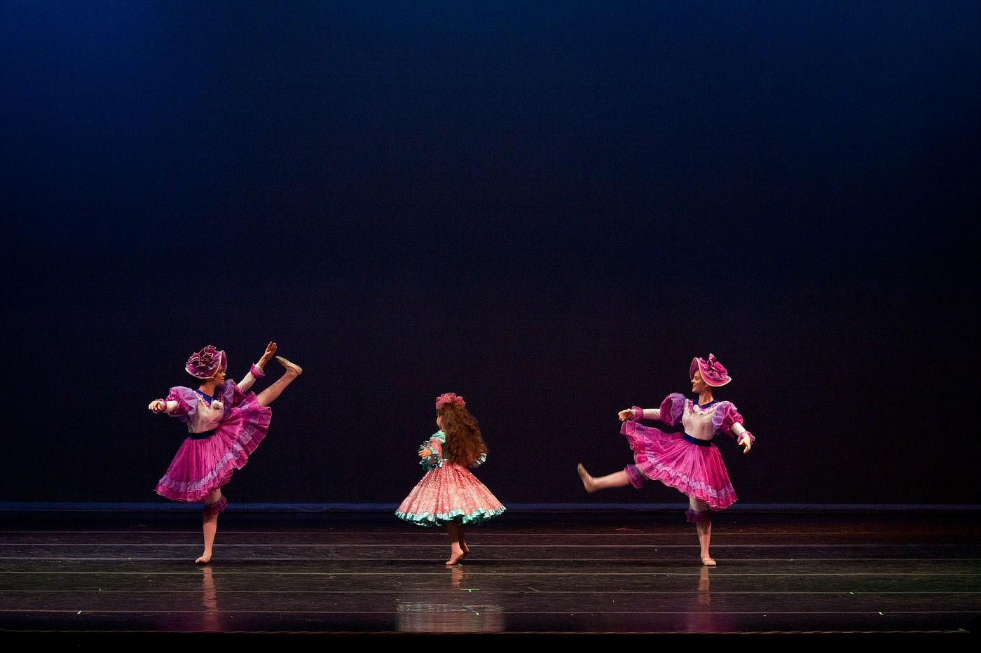 portrait-photography-children-ballet-20100617_0012.jpg