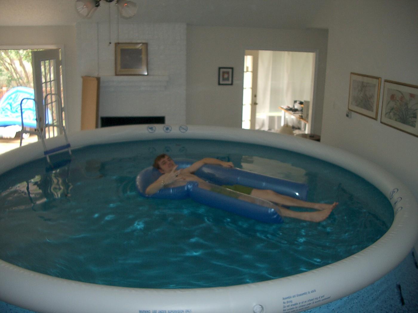 pool 050