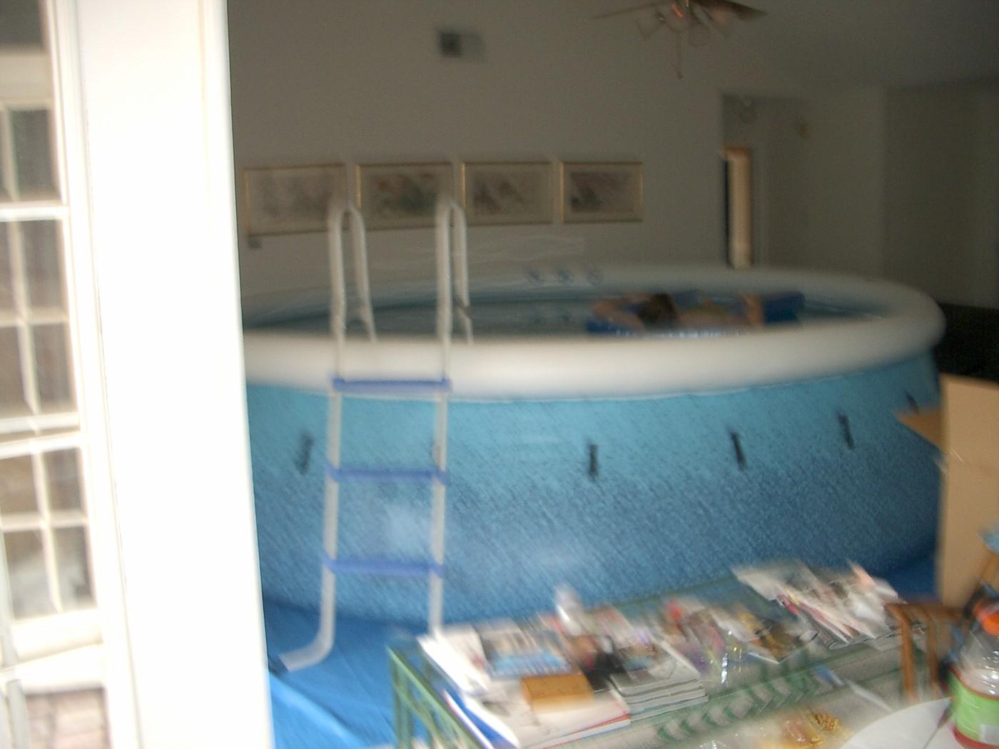 pool 055