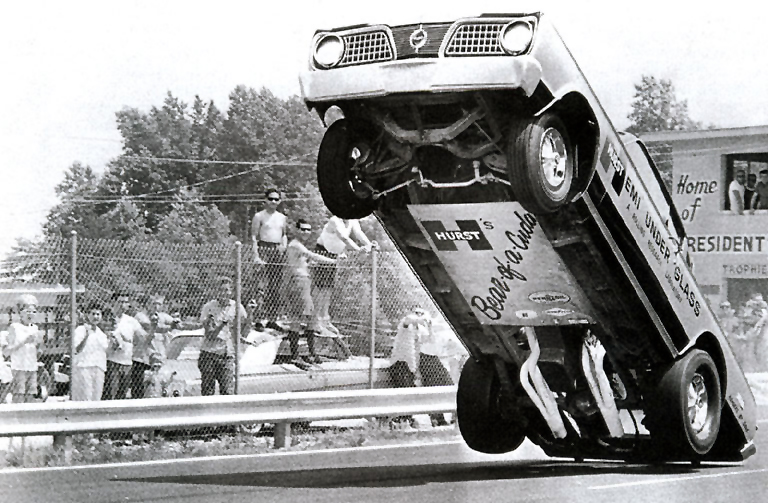 PLYMOUTH 1966 ''Hemi Under Glass'' WHEELSTANDER [23]*
