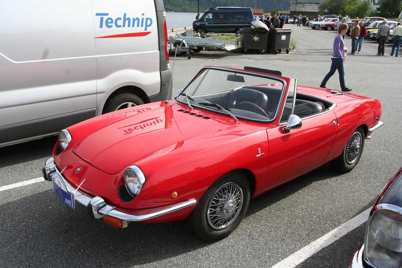 photo 1968 fiat 850 spider owner steinar myklebust img 9241 2009 08 01 veteran car show. Black Bedroom Furniture Sets. Home Design Ideas