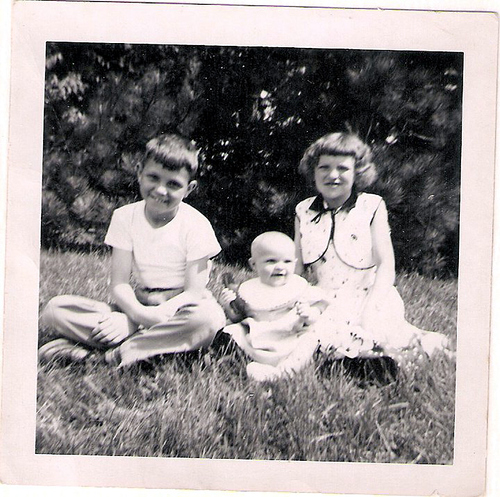 88-Aunt Pat, Uncle Del and Mom