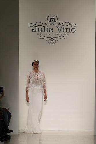 Julie Vino FW16 Cam1 0105